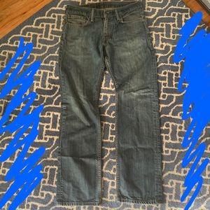 Levi's style 514 size w 32 l 32 slim straight Jean